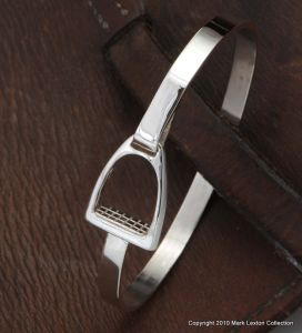 Sterling Silver Stirrup Bangle with Footpad Closure